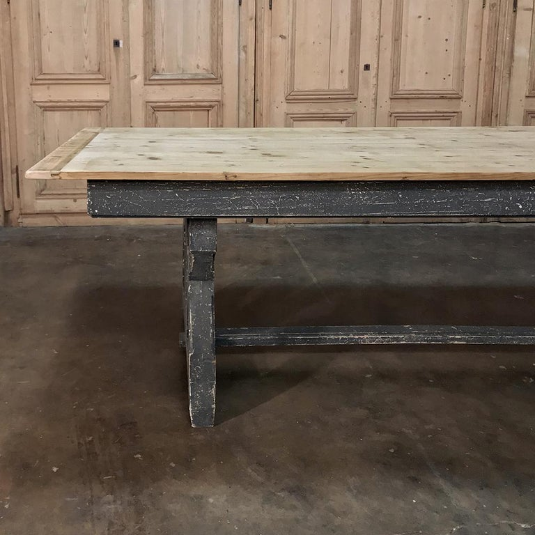 Antique Rustic Country French Pine Wagon Wheel Trestle Table For Sale 4
