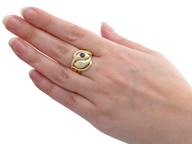Antique Sapphire and Diamond Yellow Gold Snake Ring For Sale 1