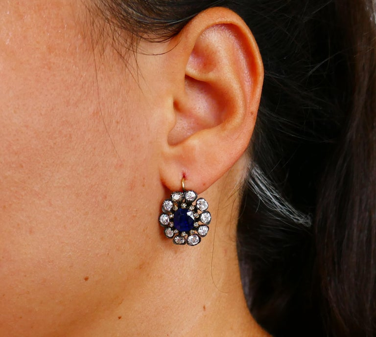 Antique Sapphire Diamond Gold Cluster Earrings In Good Condition For Sale In Beverly Hills, CA