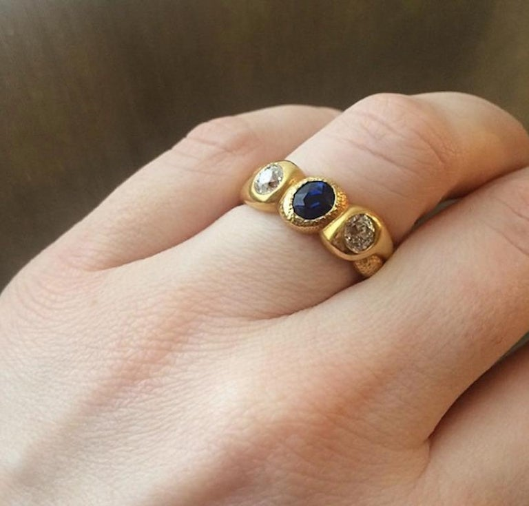 Antique Gold, Sapphire, and Diamond Three-Stone Gypsy Ring In Good Condition In New York, NY
