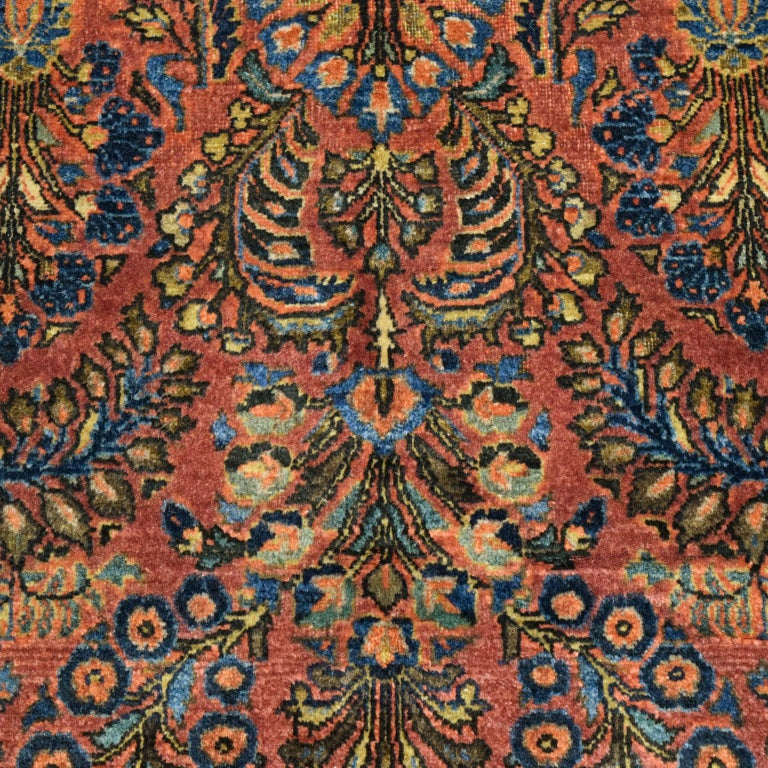Antique Sarouk Persian Carpet in Red, Blue, and Cream Wool For Sale 1