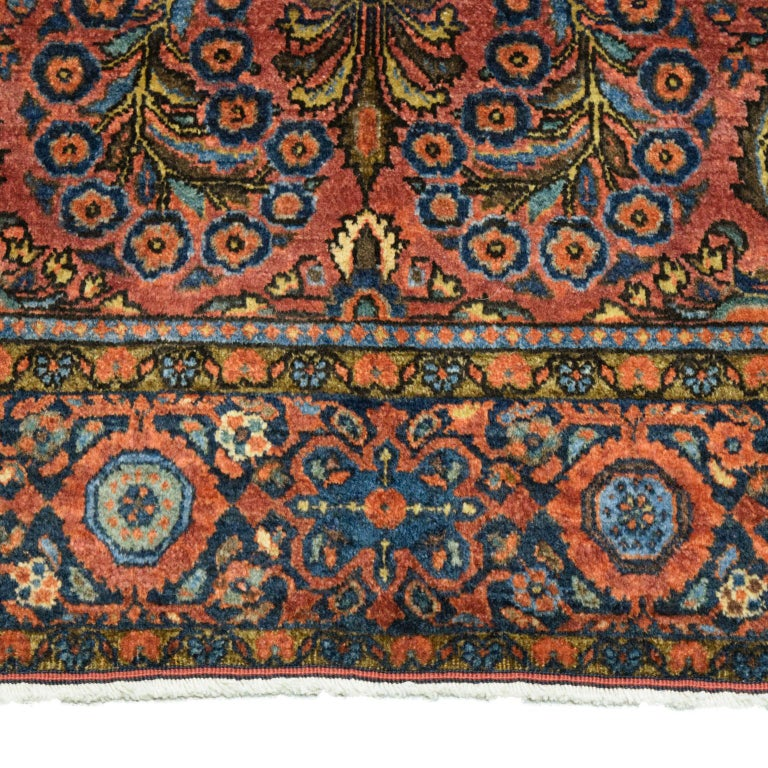 Antique Sarouk Persian Carpet in Red, Blue, and Cream Wool For Sale 3