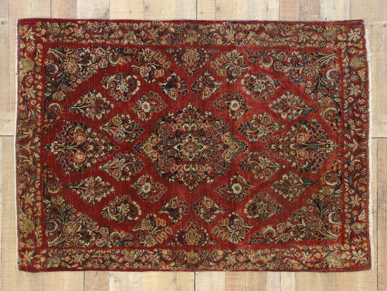 Antique Sarouk Persian Rug with Old World Victorian Style For Sale 1