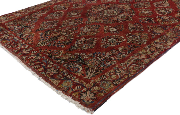 76921 Antique Sarouk Persian Rug with Old World Victorian Style. Immersed in Persian history, this highly desirable antique Sarouk Persian rug with traditional old world Victorian style features an impressive all-over floral spray pattern rendered