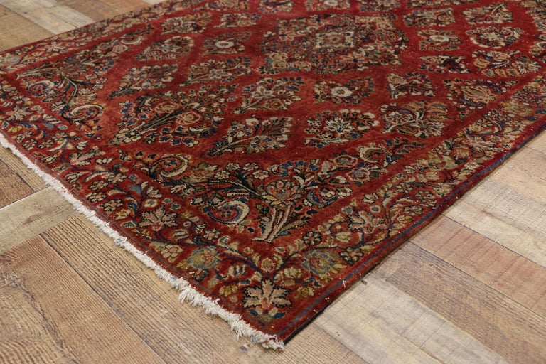20th Century Antique Sarouk Persian Rug with Old World Victorian Style For Sale
