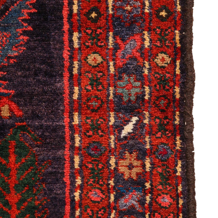 Antique Saveh Persian Carpet in Pure Wool and Vegetable Dyes, circa 1910 For Sale 7