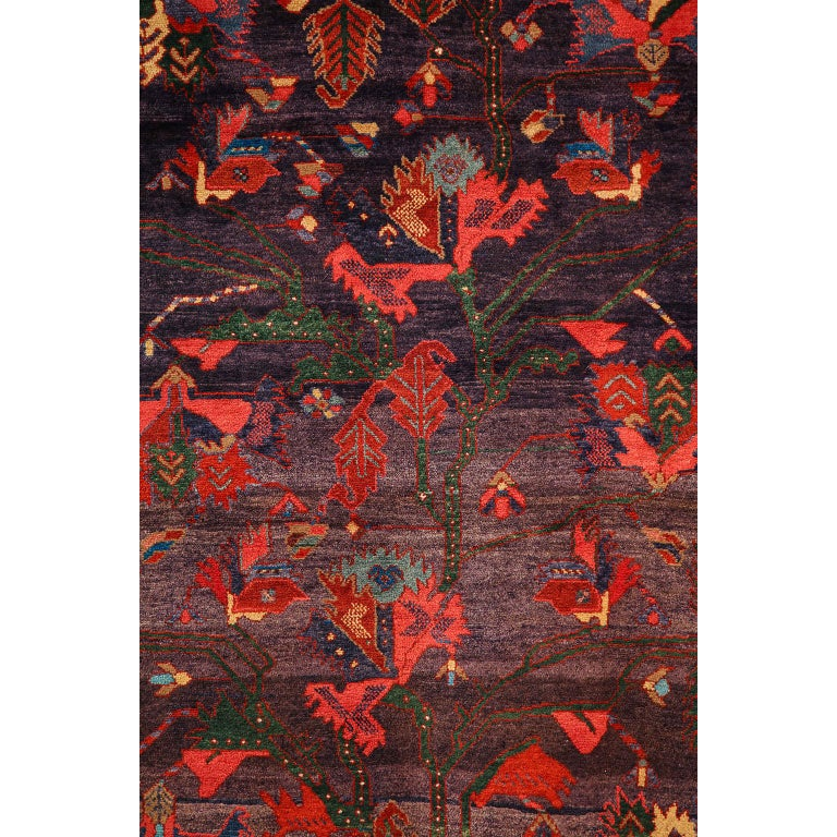 Vegetable Dyed Antique Saveh Persian Carpet in Pure Wool and Vegetable Dyes, circa 1910 For Sale
