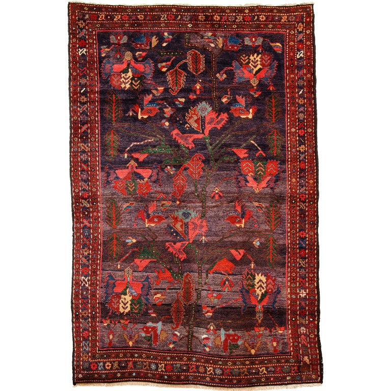 Antique Saveh Persian Carpet in Pure Wool and Vegetable Dyes, circa 1910 For Sale