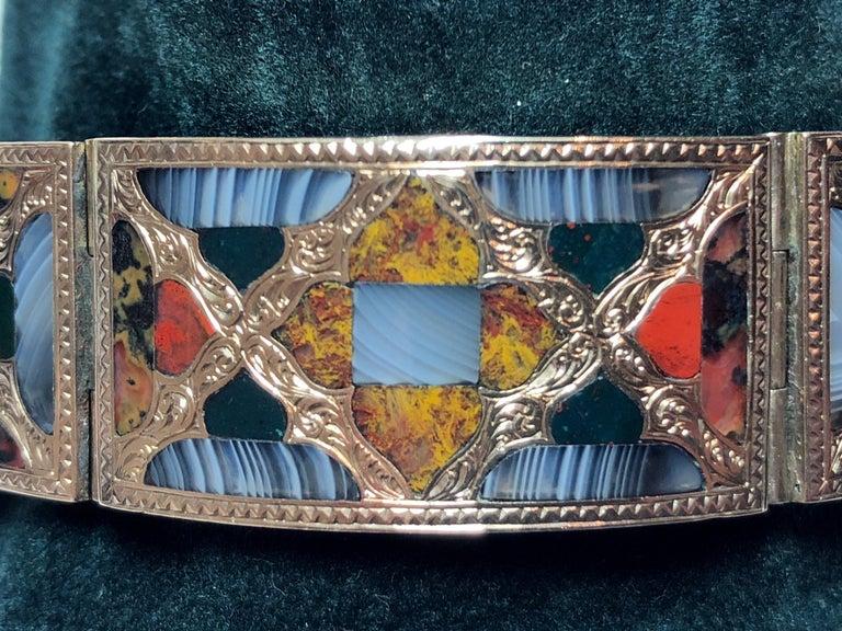 Women's Antique Scottish Agate Gold Bracelet For Sale
