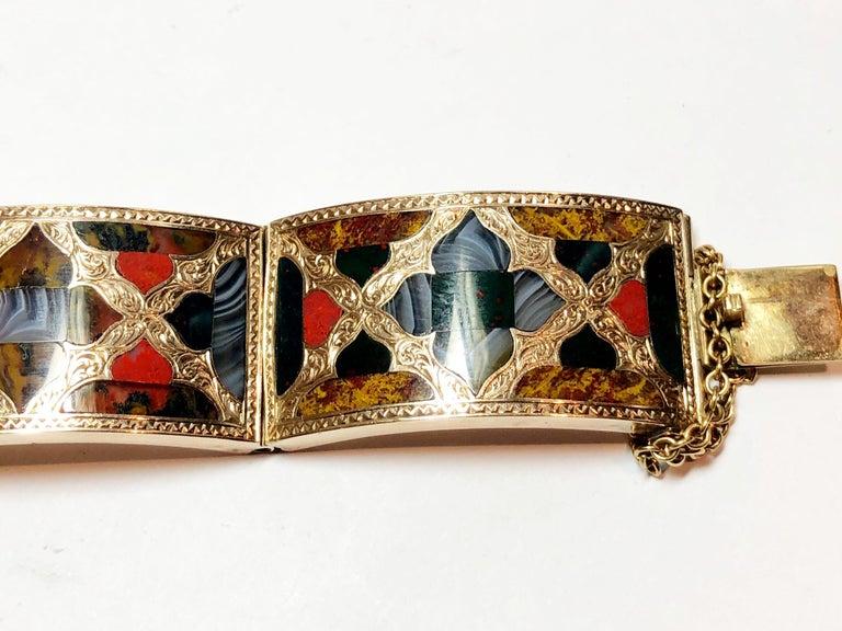 Antique Scottish Agate Gold Bracelet For Sale 3