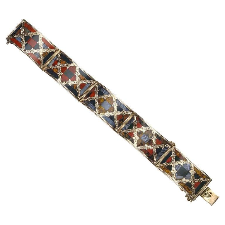 Antique Scottish Agate Gold Bracelet For Sale