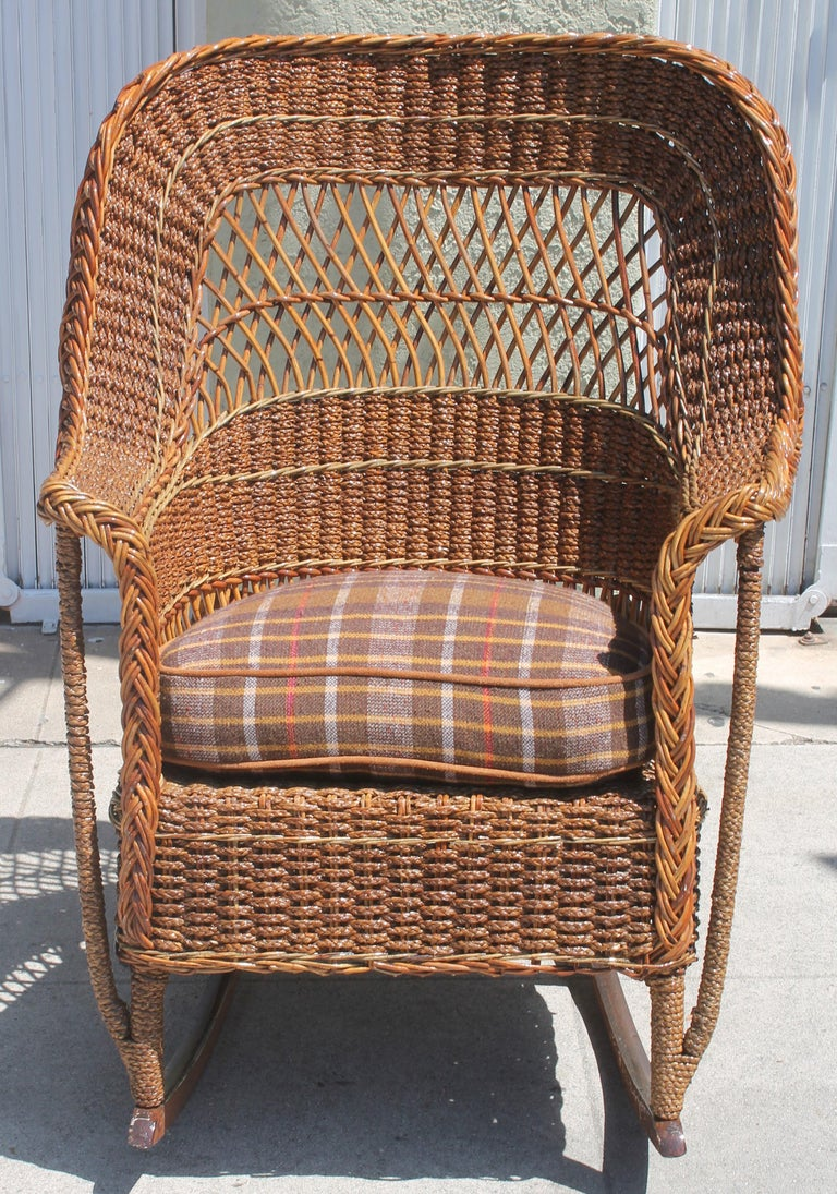 Excellent Antique Sea Grass And Wicker Rocker With Custom Cushion At Dailytribune Chair Design For Home Dailytribuneorg