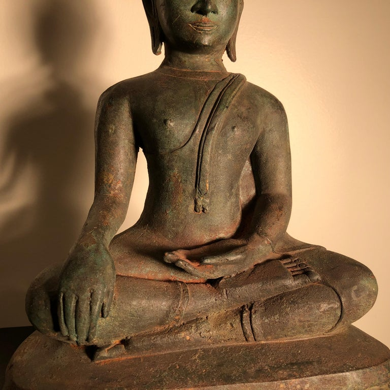 Antique Seated Enlightenment Shakymuni Buddha, Hand Cast Bronze In Good Condition For Sale In Shelburne, VT