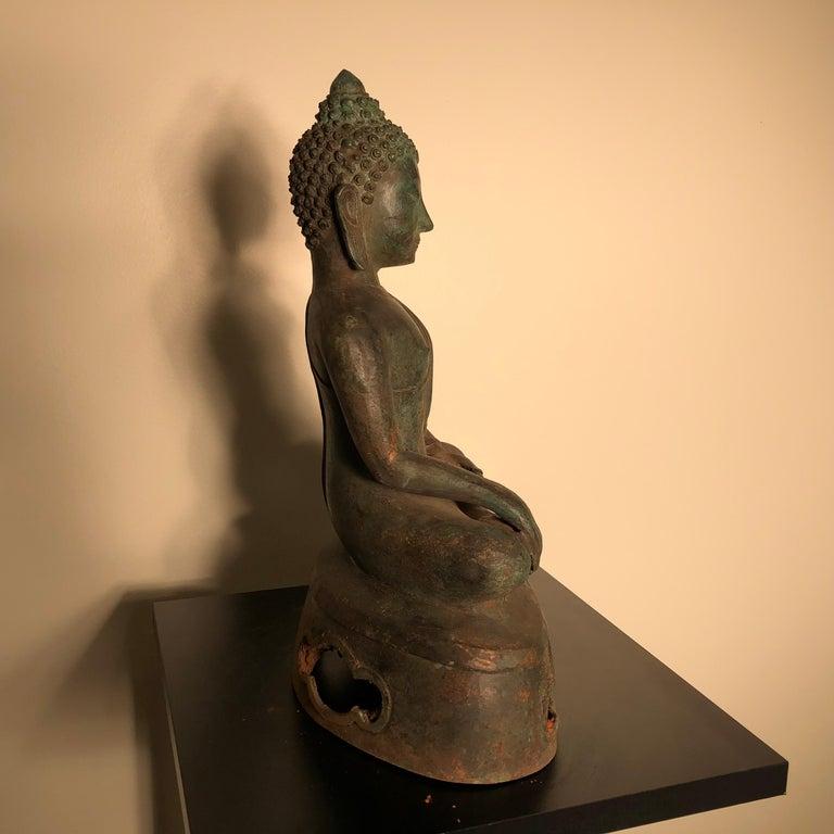 Antique Seated Enlightenment Shakymuni Buddha, Hand Cast Bronze For Sale 2
