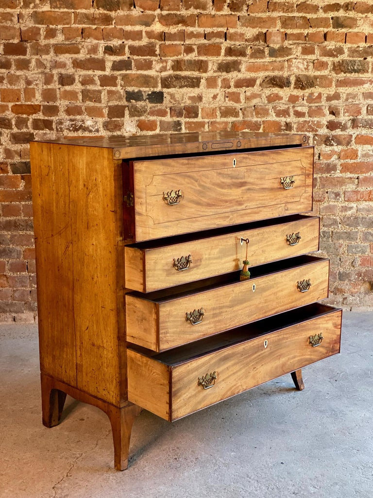 Antique Secretaire Chest of Drawers Mahogany Victorian 19th Century, circa 1880 In Good Condition For Sale In Longdon, Tewkesbury
