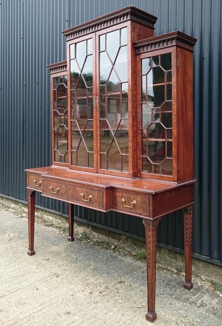 Antique Secretary Bookcase In Fair Condition For Sale In Gloucestershire, GB