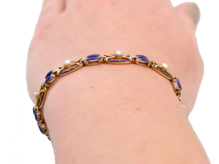 Antique Seed Pearl and Enamel Yellow Gold Gate Bracelet For Sale 9
