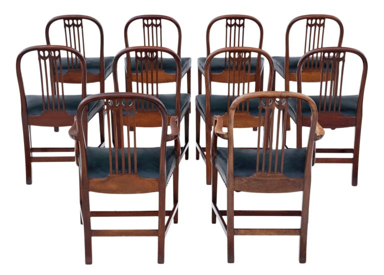 Antique quality set of 10 (8+2) mahogany dining chairs, 19th century. The very best color and patina. Very rare!