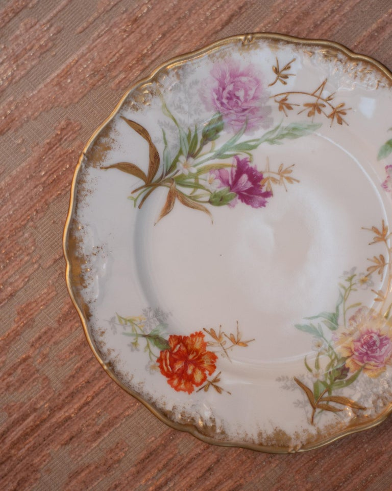 Antique Set of 10 France Dépose for J. E. Caldwell Floral and Gilt Side Plates In Good Condition For Sale In Toronto, ON