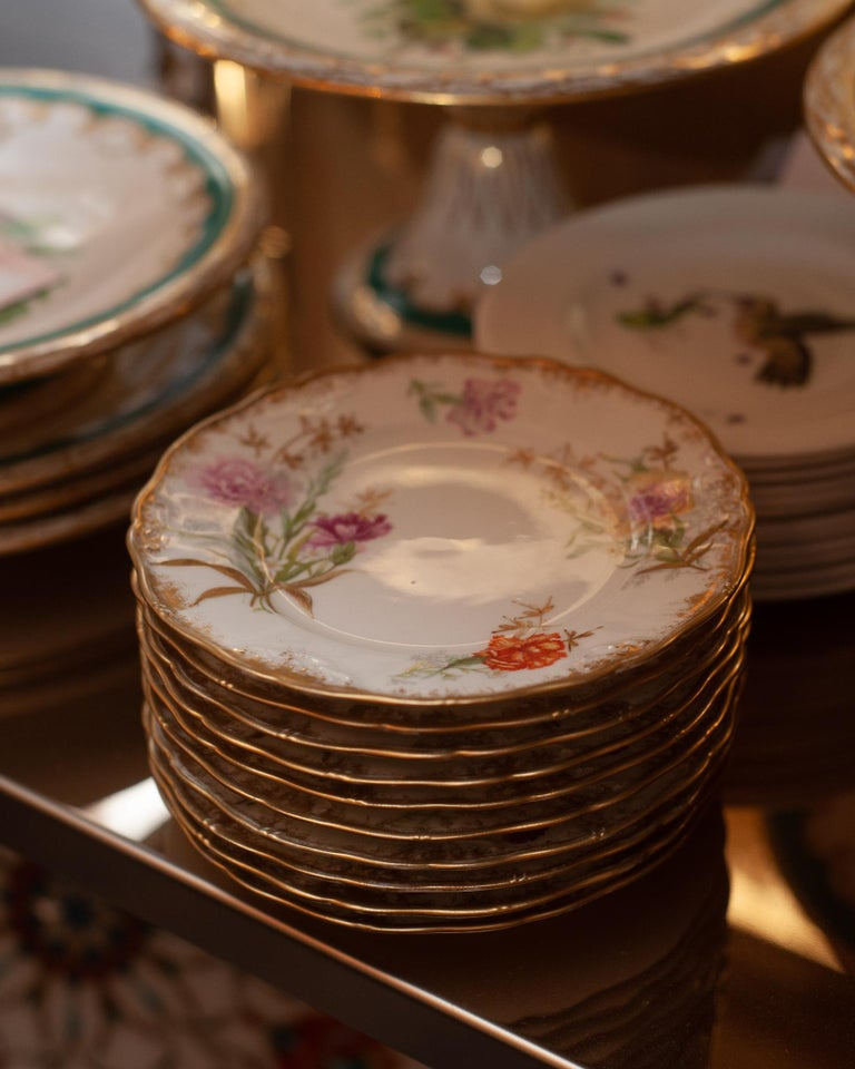 20th Century Antique Set of 10 France Dépose for J. E. Caldwell Floral and Gilt Side Plates For Sale