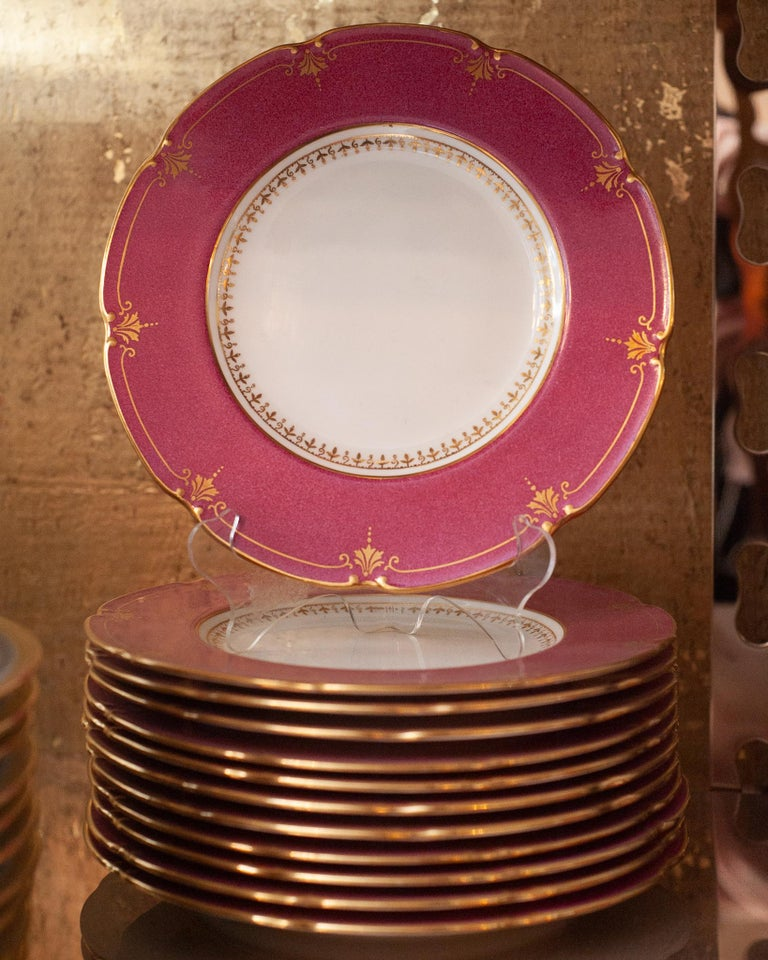 English Antique Set of 12 Wedgwood Cranberry Side Plates For Sale