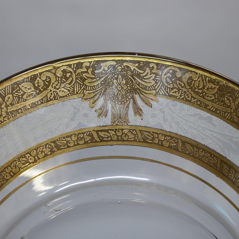 Late Victorian Set of 16 Etched & Gilt Decorated Rimmed Glass Dessert Plates, 20th Century For Sale