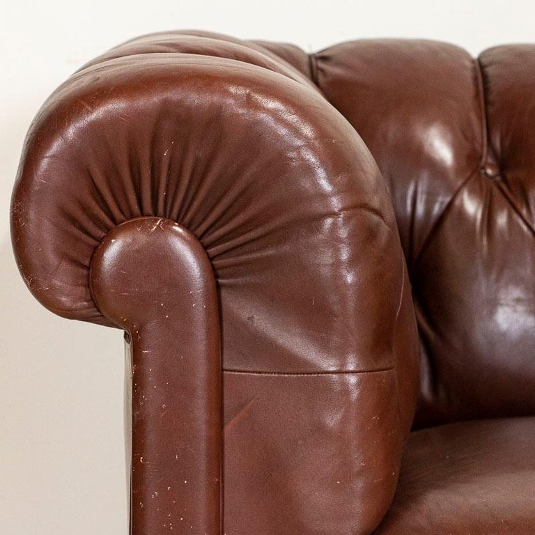 Antique Set of Brown Vintage Leather Chesterfield Sofa and Pair of Club Chairs For Sale 11