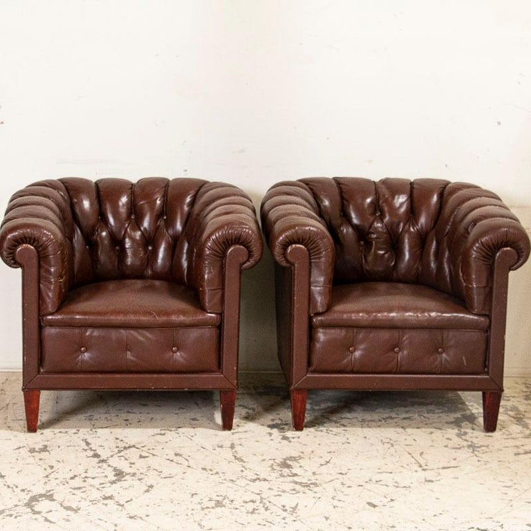 Antique Set of Brown Vintage Leather Chesterfield Sofa and Pair of Club Chairs For Sale 2