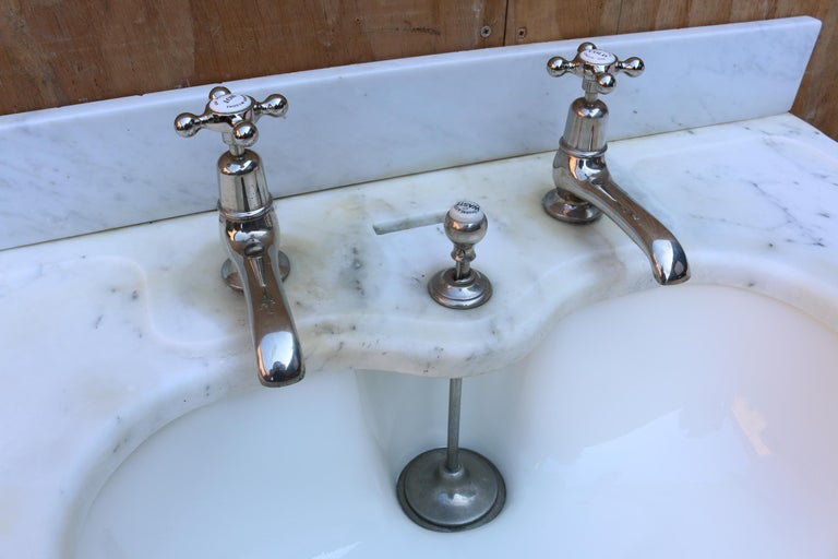 English  Antique 'Shanks' Marble Basin with Stand For Sale
