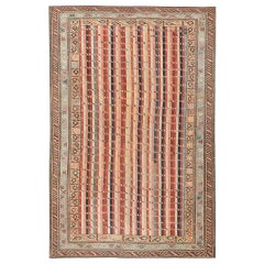 Antique Shirvan Caucasian Rug. Size: 3 ft 9 in x 5 ft 9 in (1.14 m x 1.75 m)