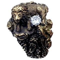 Antique Signed D.W. Lion Guarding F/VVS 0.30 Carat Diamond Ring