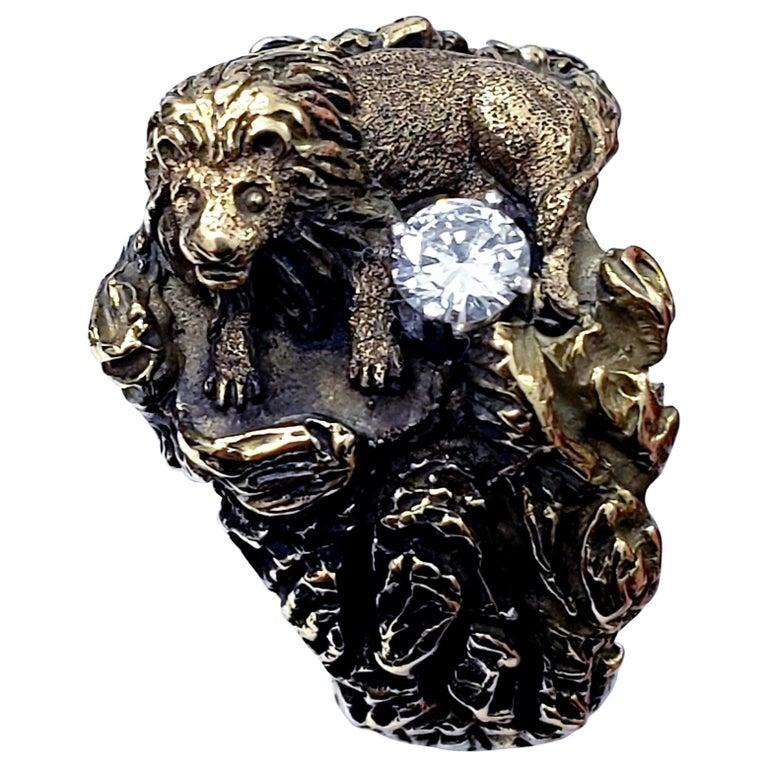 Antique Signed D.W. Lion Guarding F/VVS 0.30 Carat Diamond Ring For Sale