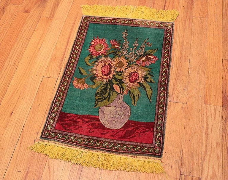 20th Century Antique Silk Tabriz Persian Rug. Size: 1 ft 10 in X 2 ft 8 in (0.56 m x 0.81 m) For Sale