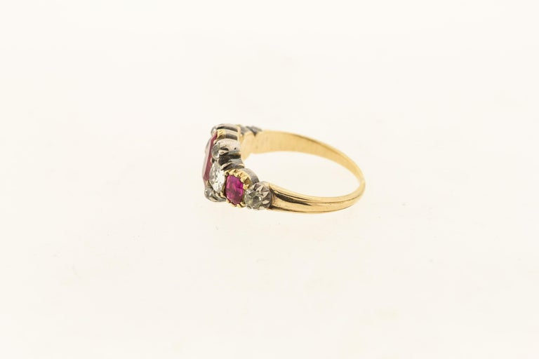 Antique Silver 18 Karat Gold Late Georgian Ruby and Diamond Ring In Good Condition In New York, NY
