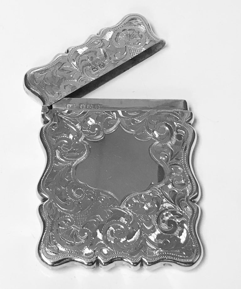 Antique Silver Card Case, Birmingham 1906, Joseph Gloster In Good Condition For Sale In Toronto, ON