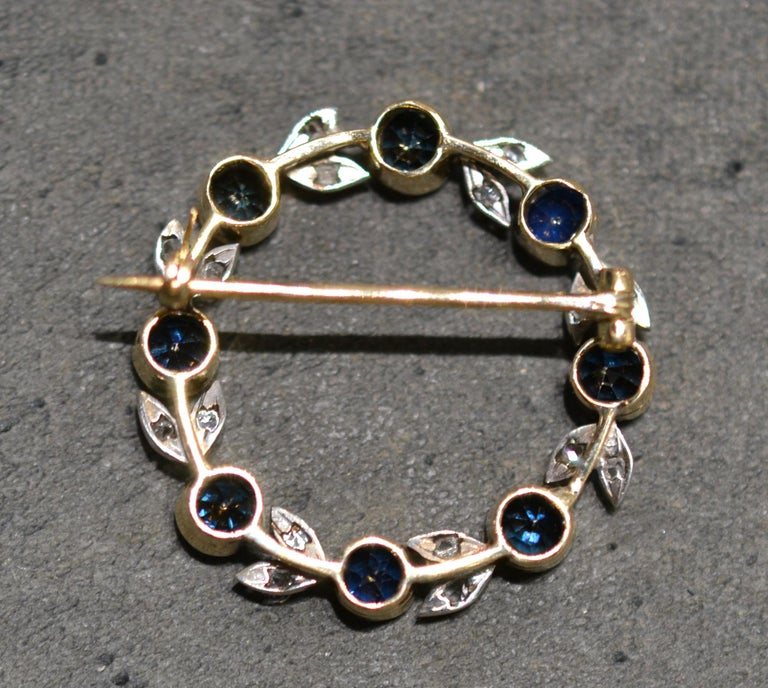 Antique Silver Gold Rose Diamond and Sapphire Brooch In Excellent Condition For Sale In Firenze, IT
