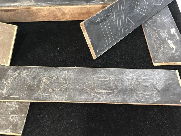 Antique Slate Desk Chalkboard Box In Good Condition For Sale In Great Barrington, MA