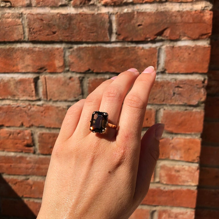 Women's Antique Smokey Quartz and 18 Carat Gold Cocktail Ring For Sale