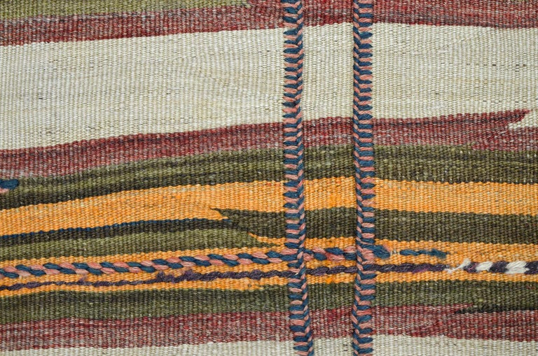 Antique Sofreh Flat-Weave Carpet with Kilim and Soumak Weave in Pure Wool In Good Condition For Sale In New York, NY