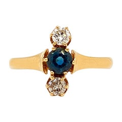 Antique Solid 14 Karat Gold Genuine Sapphire and Natural Diamond Ring 1.8g