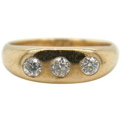 Antique Solid 14 Karat Yellow Gold Three-Stone Diamond Ring 6.3g