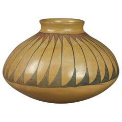Southwest Native American Indian Acoma Stylized Feather Pottery Vase, circa 1900