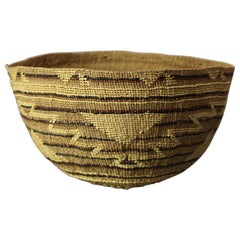Antique Southwest Native American Indian Pima Basket, circa 1920
