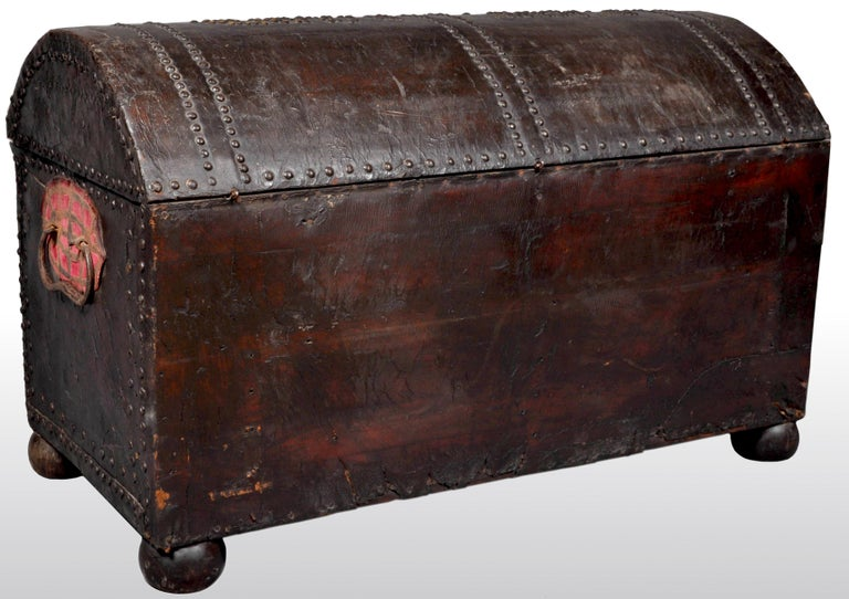 Antique Spanish Baroque Leather and Studded Wedding Trunk / Coffer, circa 1700 For Sale 6