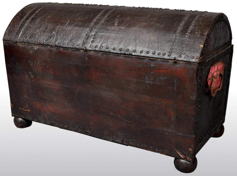 Antique Spanish Baroque Leather and Studded Wedding Trunk / Coffer, circa 1700 For Sale 7