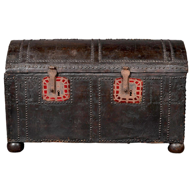 Antique Spanish Baroque Leather and Studded Wedding Trunk / Coffer, circa 1700 For Sale