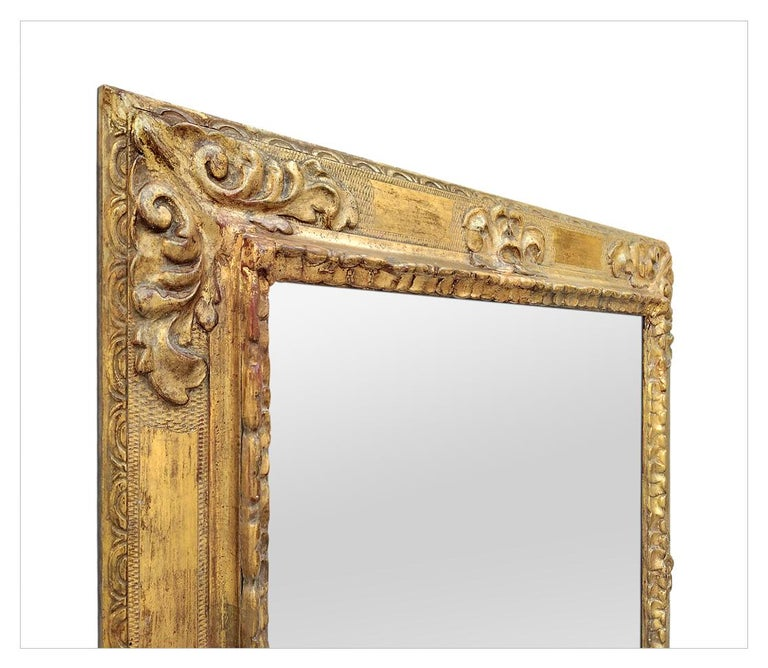 Antique Spanish Style Giltwood Mirror, circa 1930 In Good Condition For Sale In Paris, FR