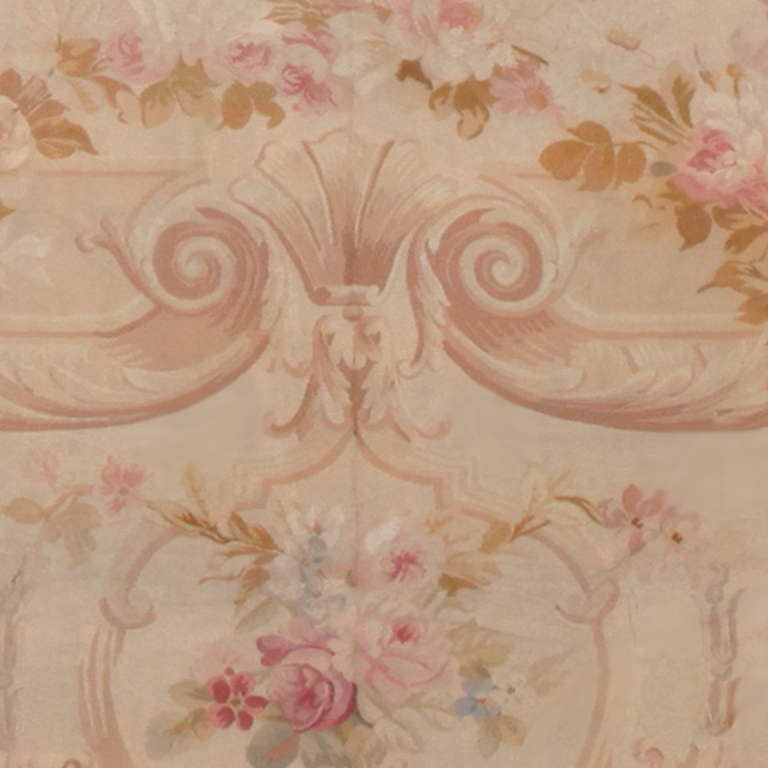 Antique Square Size French Aubusson Rug. Size: 20 ft x 20 ft 8 in In Good Condition For Sale In New York, NY