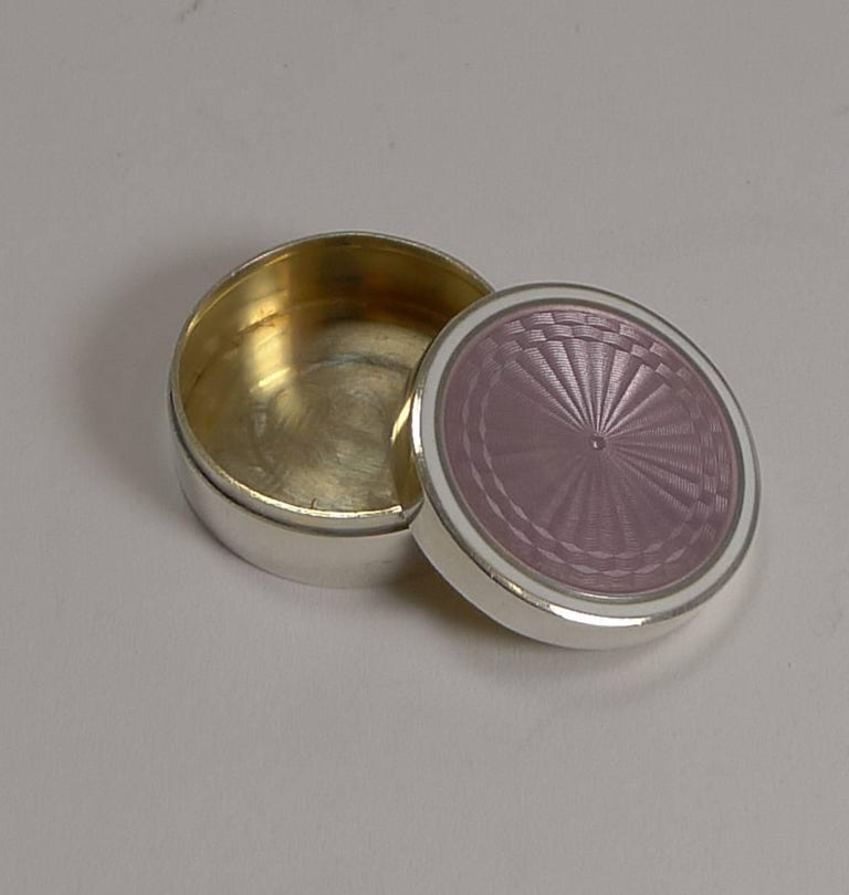 20th Century Antique Sterling Silver and Lilac Guilloche Enamel Pill Box For Sale