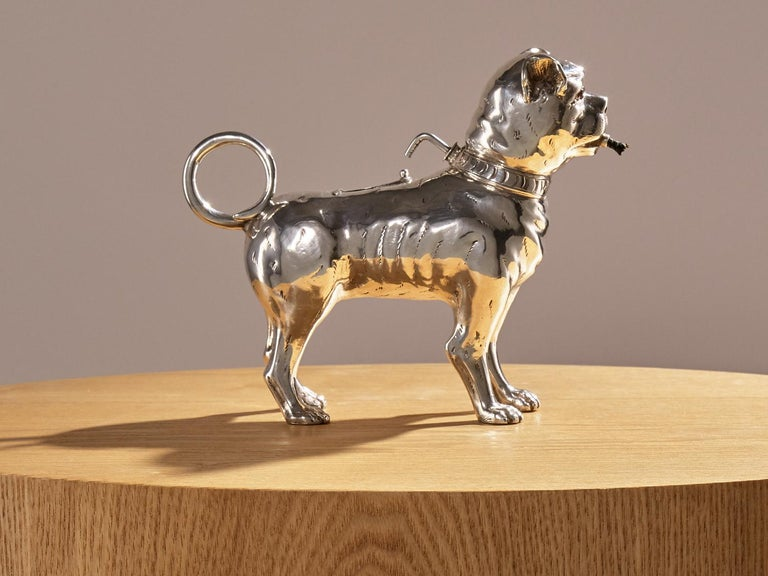 British Antique Sterling Silver Dog Table Lighter by Daniel & John Wellby London, 1890 For Sale